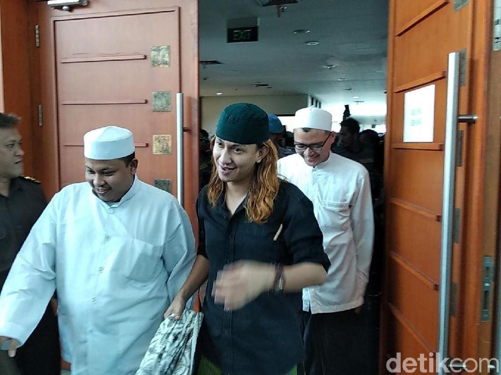 Reaksi Habib Bahar soal Petisi Tolak Perpanjangan Izin FPI