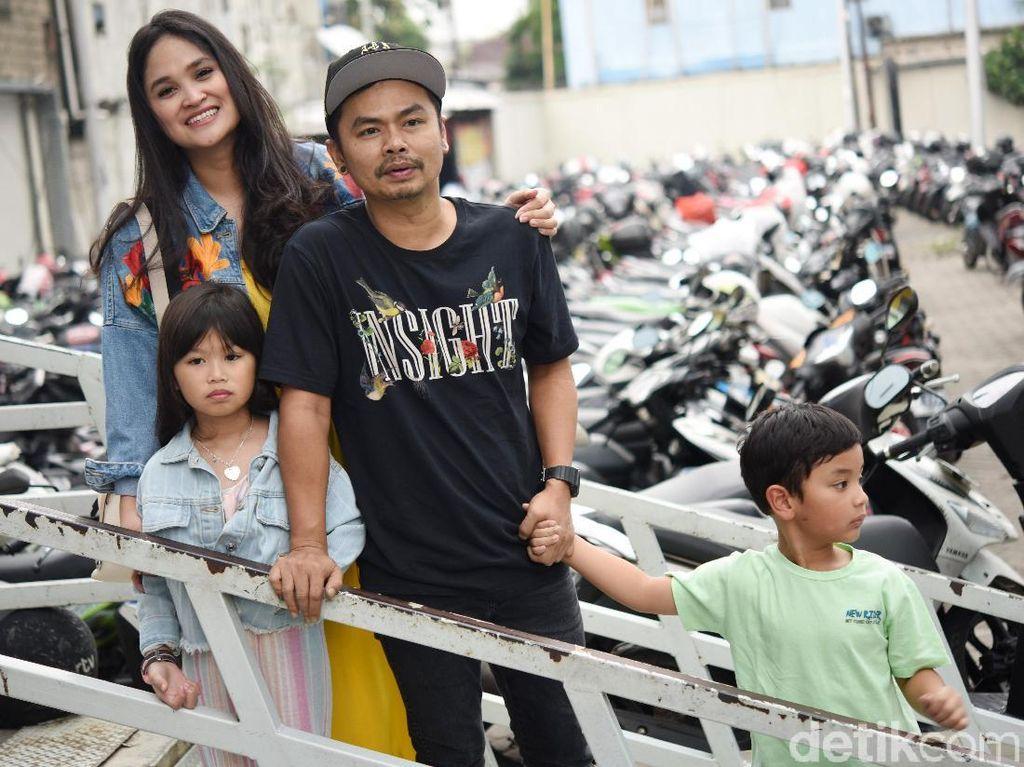 Positif Corona, Anak Wendy Cagur Tulis Pesan Haru untuk Ibunda