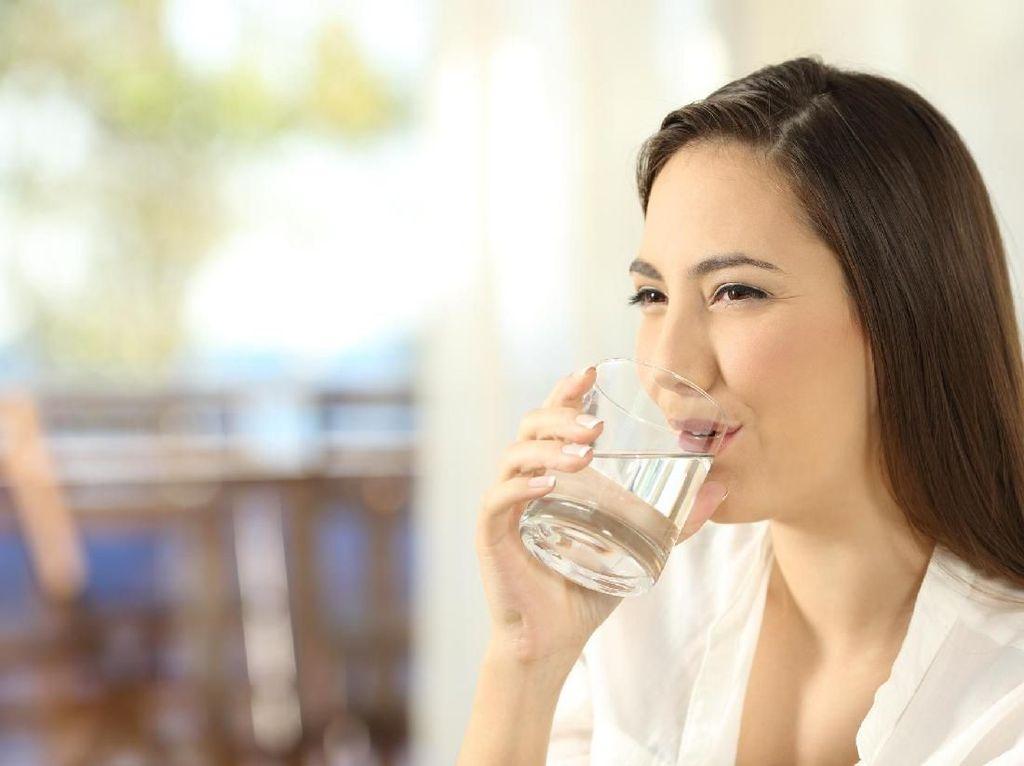 Disarankan Ahli, Ini 5 Waktu Tepat Untuk Minum Air Putih