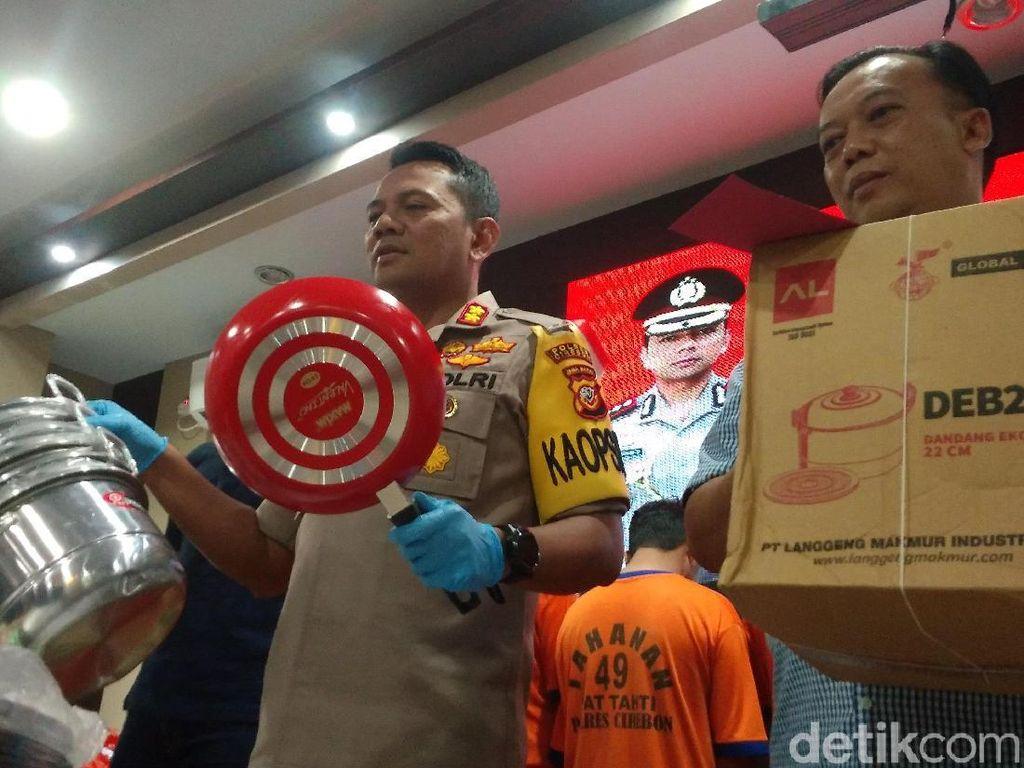Komplotan Pencuri Ini 3 Kali Bobol Gudang Perabot di Cirebon