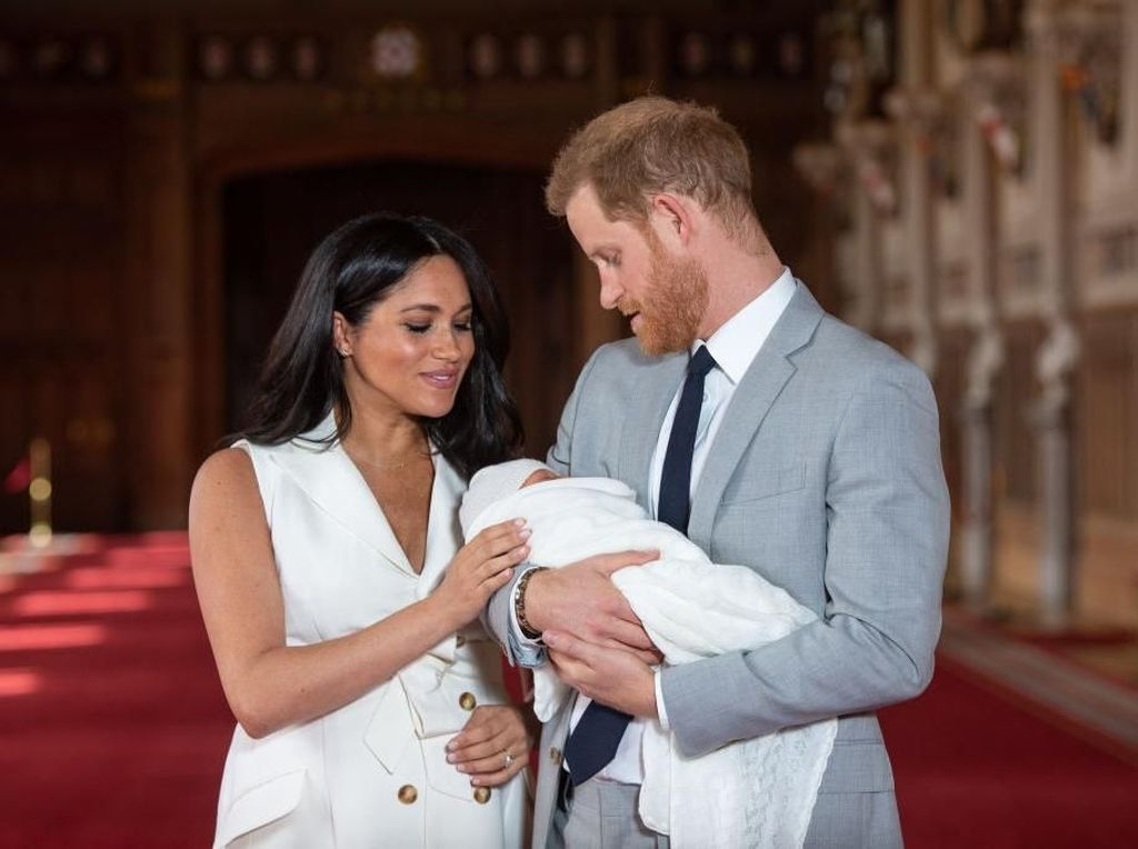 Pangeran Harry-Meghan Markle Tak akan Beri Archie Gelar Kerajaan