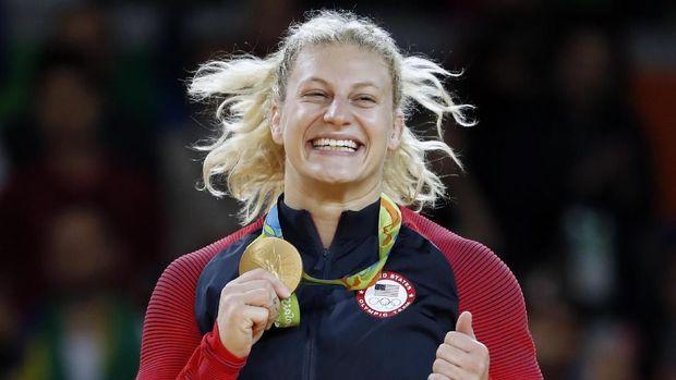Kayla Harrison pernah menyabet medali emas di Olimpiade 2016 Rio de Janeiro. (