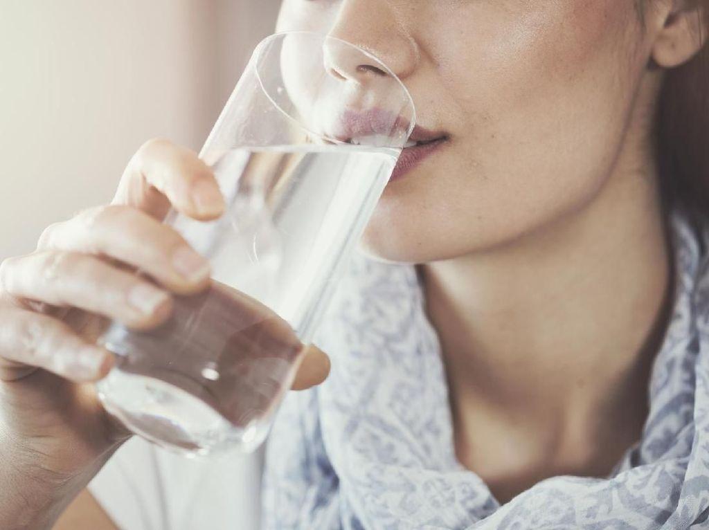 Tepatkah Sahur Cuma Minum Air Putih Dijadikan Strategi Diet?