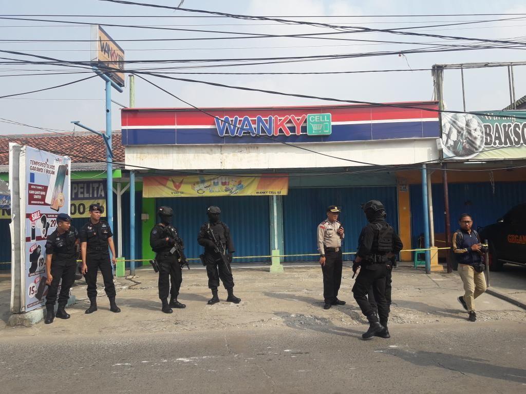 Terduga Teroris Bernama Rafli Ditangkap Terkait Bom di Toko HP Bekasi