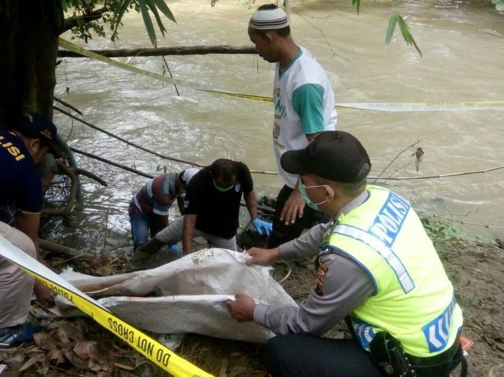 Kejam! Ada yang Buang Mayat Bayi di Sungai Kebumen