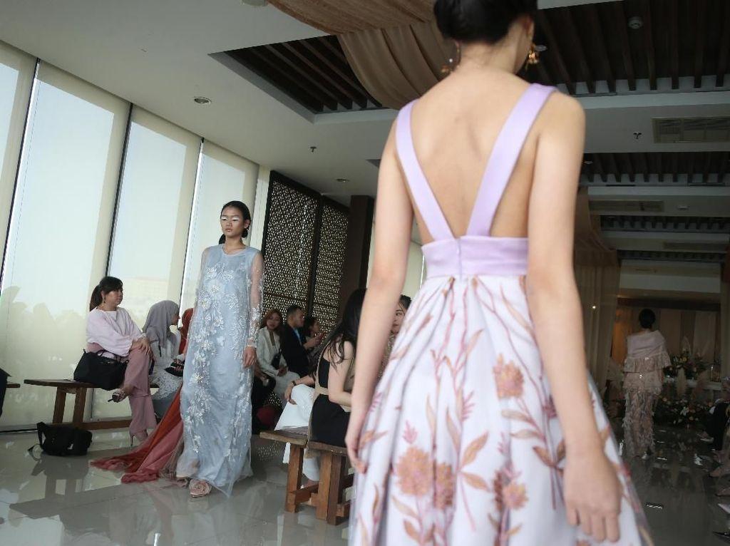Intip Koleksi Fesyen Ramadhan Bertema Flora