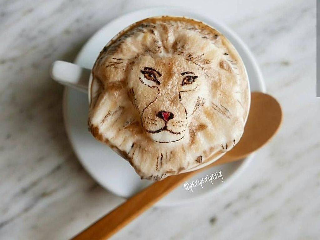 Barista Ini Hadirkan Hewan Buas Dalam Bentuk Latte Art Keren