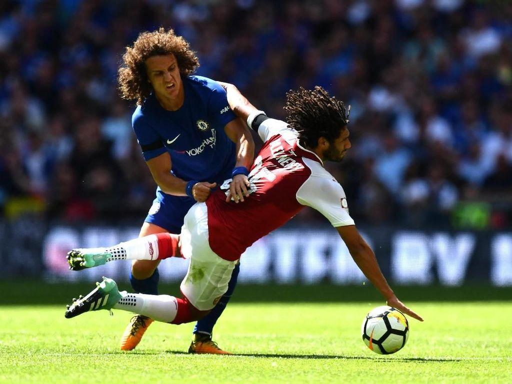 Misi David Luiz Gagalkan Arsenal ke Liga Champions