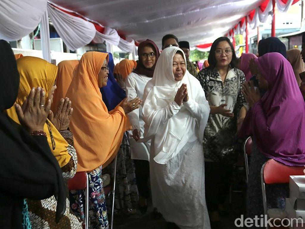 Bukber di Kampung Eks Lokalisasi, Risma Dukung Warga untuk Bangkit