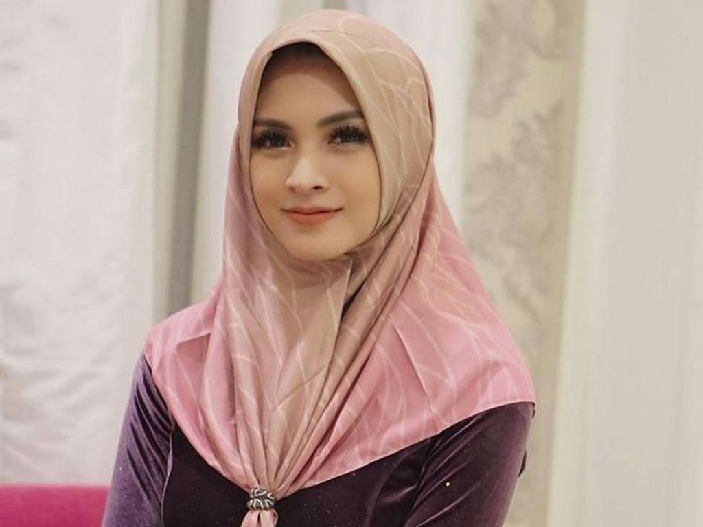 Donita Masih Dihantui Ketakutan saat Memakai Hijab