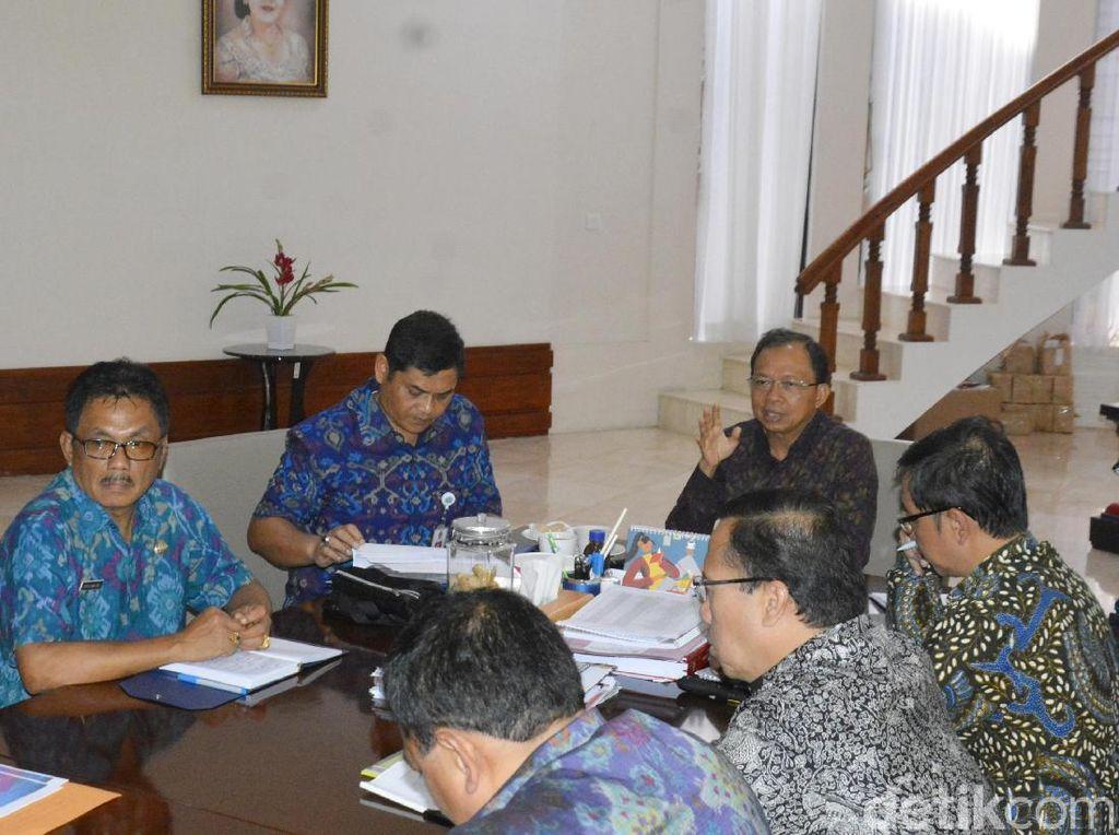Gubernur Koster Ingin Kereta Api di Bali Berdesain Nuansa Lokal