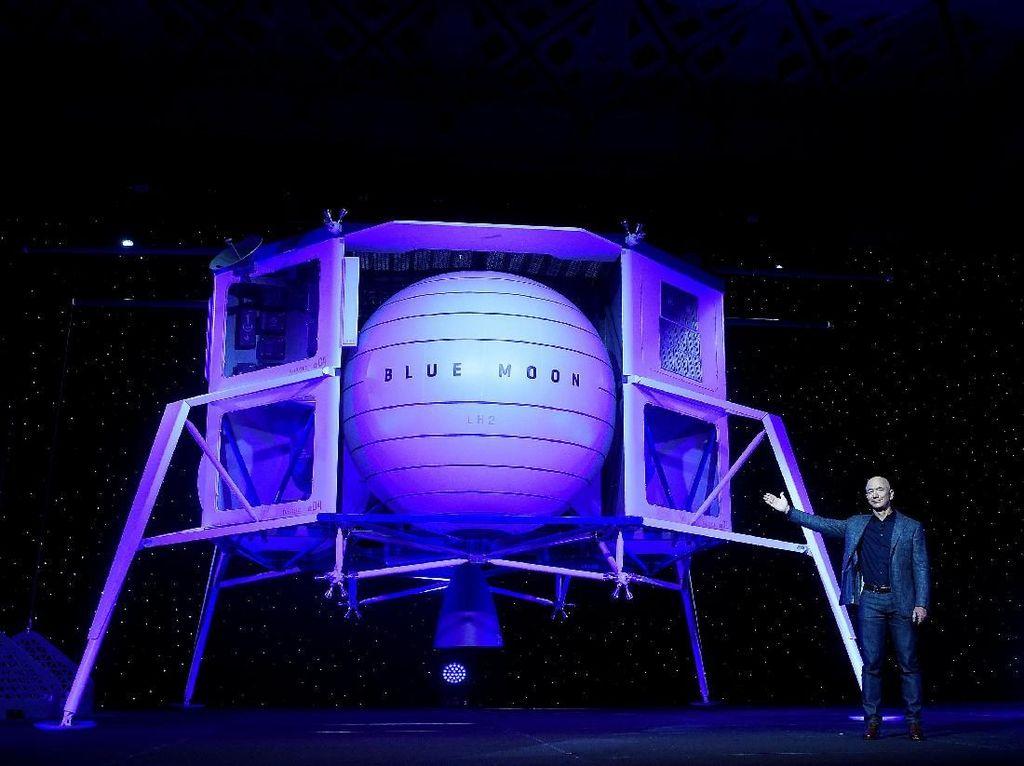 Melihat Ambisi Manusia Terkaya Menaklukkan Bulan