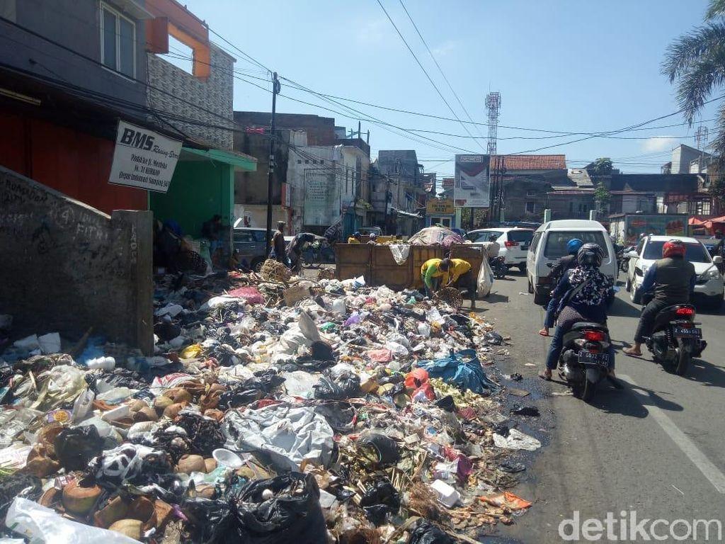 Buang Sampah Sembarangan di Garut Bakal Didenda Rp 500 Ribu