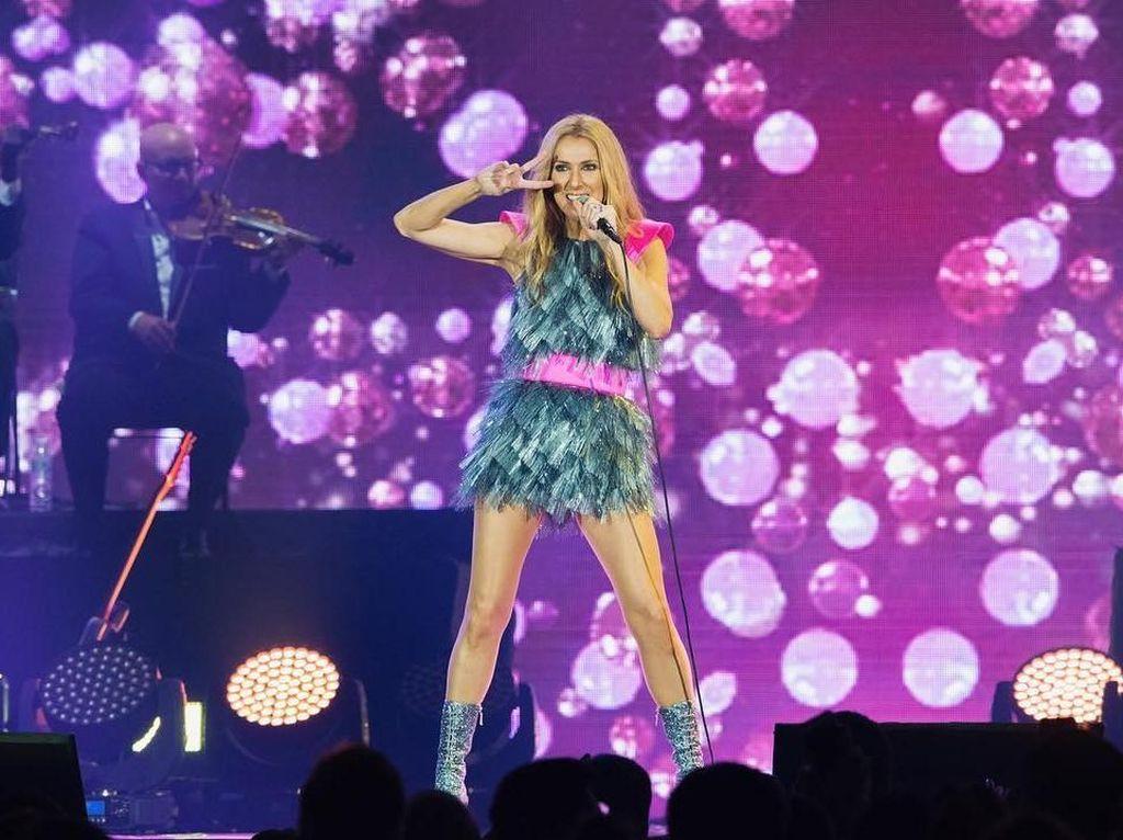 Celine Dion Ungkap Rahasia Tubuh Kencangnya di Usia 51