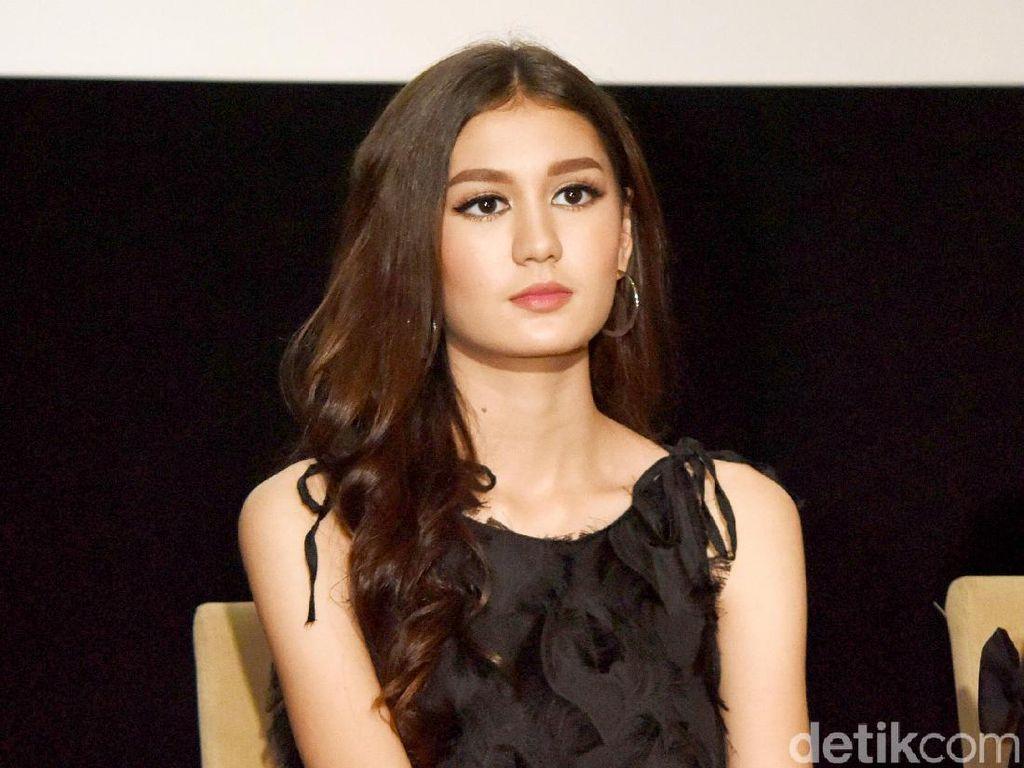 Terpesona Kecantikan Zoe Jackson, Pacar Aditya Zoni