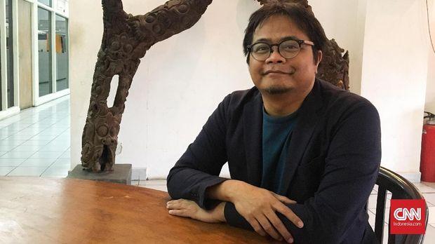 Pengamat budaya pop dan perfilman Hikmat Darmawan