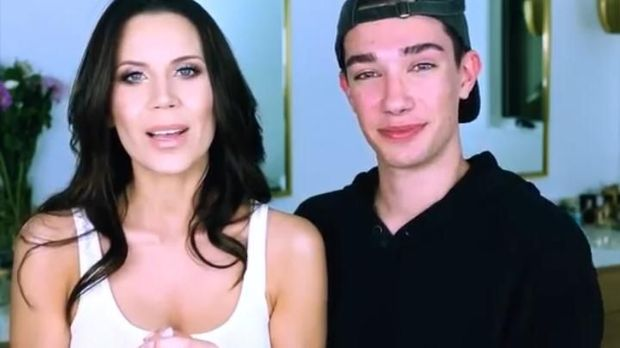 James Charles dan Tati Westbrook