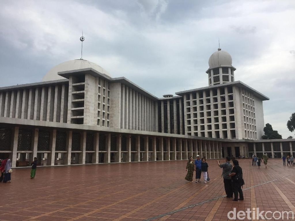 Cerita di Balik Keputusan Jokowi Renovasi Masjid Istiqlal