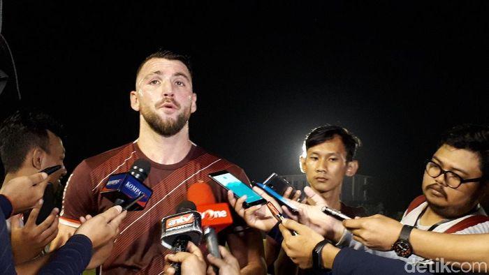 Marko Simic saat sesi latjhan Persija Jakarta (Mercy Raya/detikSport)