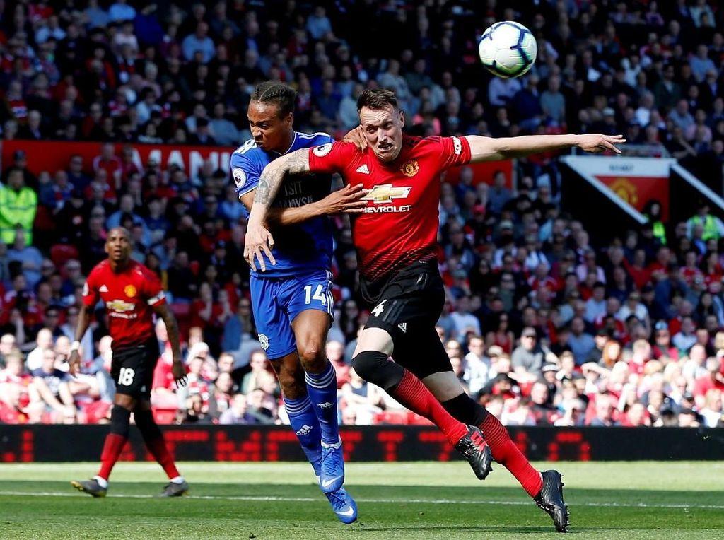 Tutup Musim, MU Ditumbangkan Cardiff 0-2 di Old Trafford