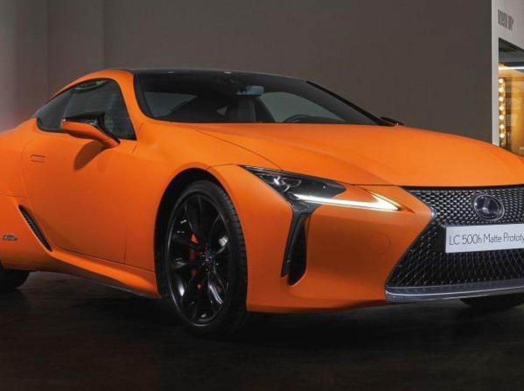 Warna Unik Lexus yang Terinspirasi dari Matahari Terbenam