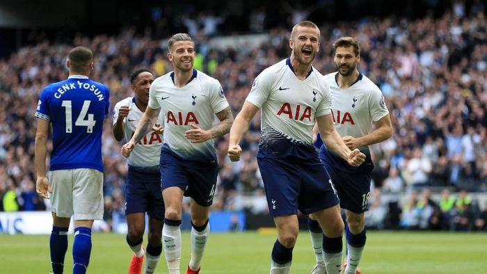 Tottenham unggul 1-0 atas Everton di babak pertama ( Stephen Pond/Getty Images)