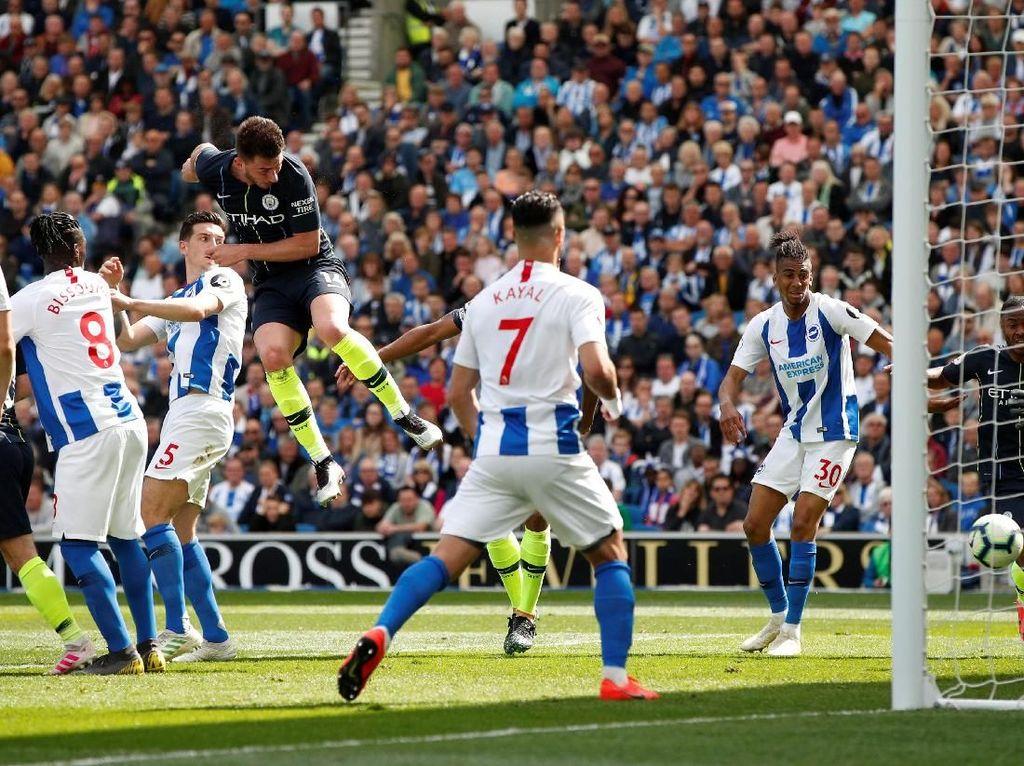 Babak I: Man City Unggul 2-1 atas Brighton, 45 Menit Menuju Juara