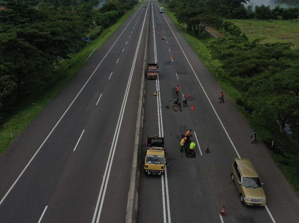 Jangan Cuma Tol, Sebaiknya Pemerintah Perhatikan Jalan Provinsi