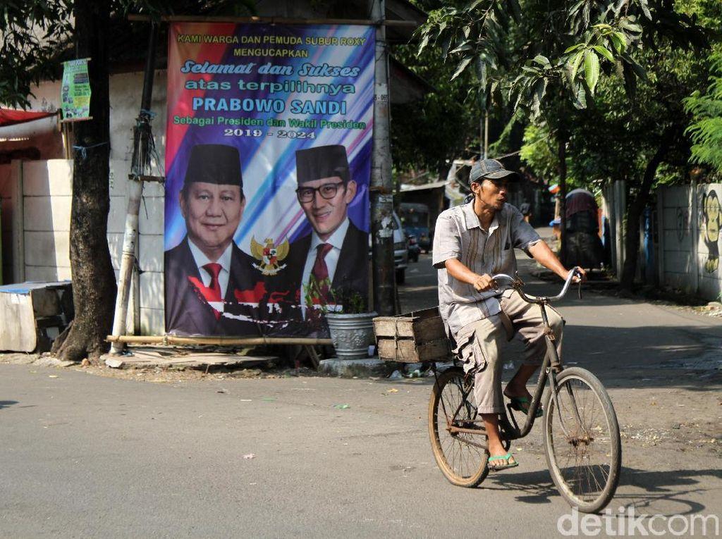 Spanduk Klaim Kemenangan Prabowo Bertebaran di DKI, BPN: Itu Ekspresi Warga