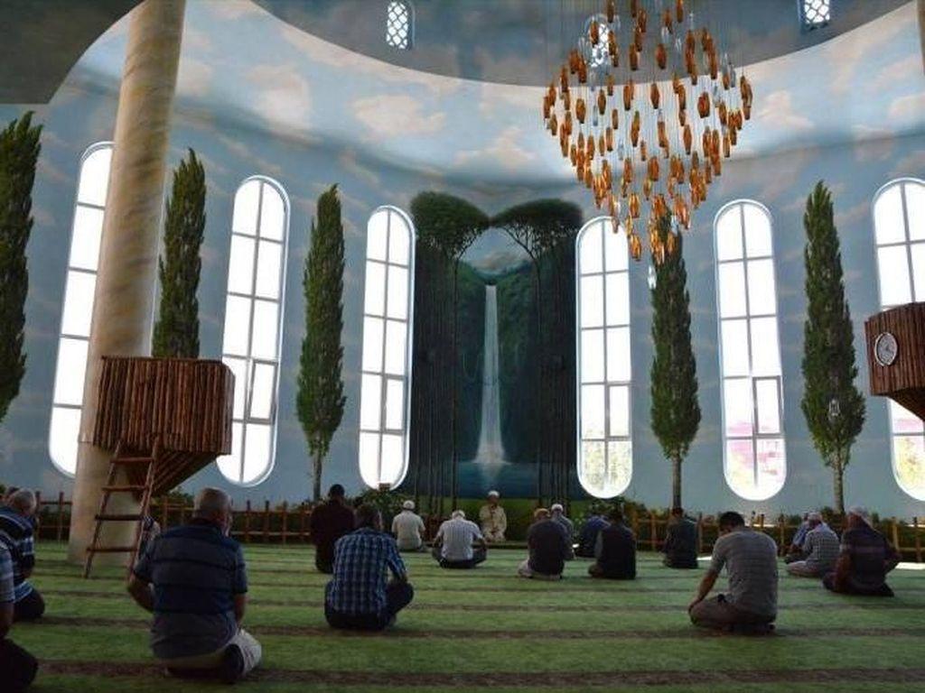 Foto: Terinspirasi Ayat Al Quran, Masjid Ini Seperti Alam Raya