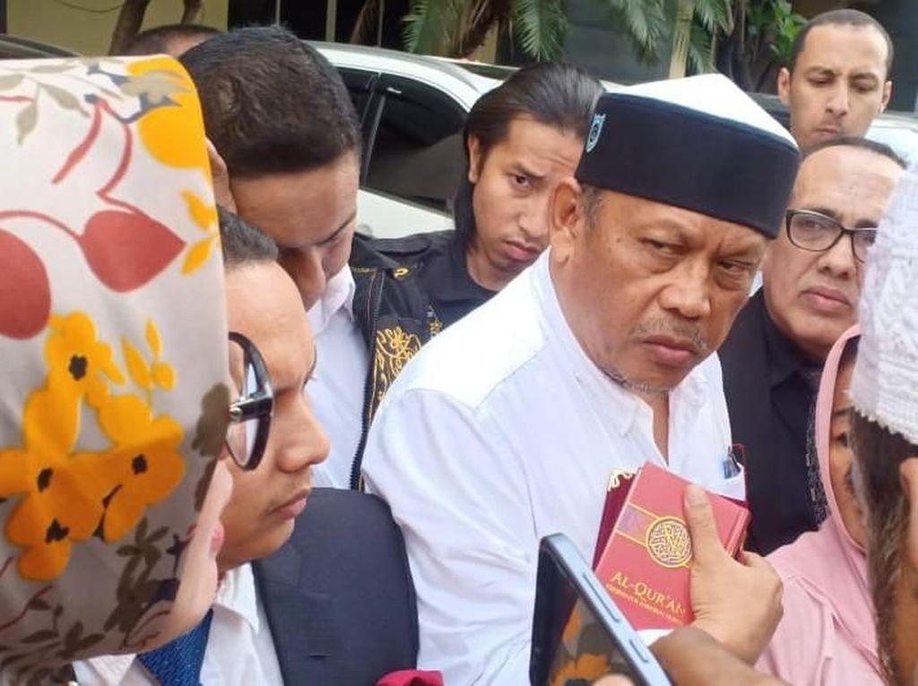 Disinggung Eggi Sudjana, Ini Sebenarnya Isi Buku Jokowi People Power