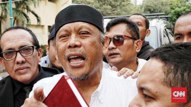 Eggi Sudjana ditetapkan sebagai tersangka kasus makar usai menyebut soal people power dan pelantikan Prabowo-Sandi sebelum Oktober.