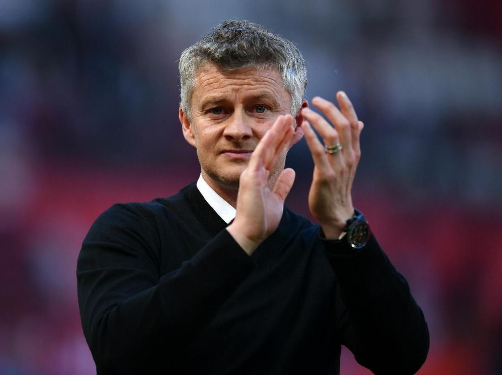 Man United Butuh Pemain Seperti Bryan Robson
