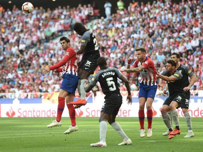 Atletico Madrid saat melawan Sevilla. (Foto: Denis Doyle/Getty Images)