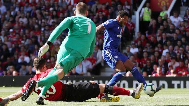 Kemenangan atas Man United tidak menolong Cardiff lolos dari dgradasi.