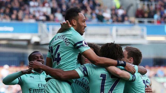 Para pemain Arsenal merayakan gol ke gawang Burnley (REUTERS/Scott Heppell)