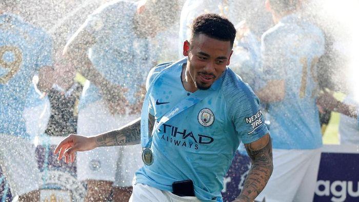 Mulai 2019/2020, Gabriel Jesus akan memakai nomor punggung 9 di Manchester City (Foto: John Sibley/Reuters)
