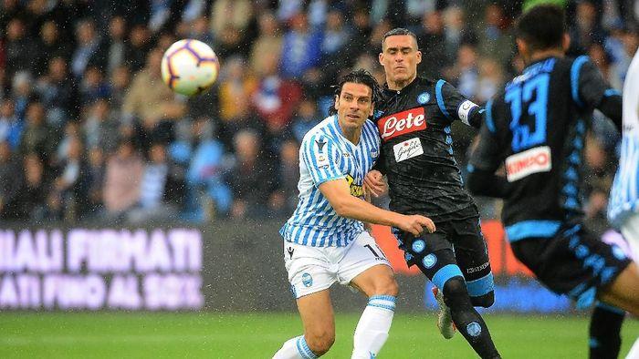 Napoli kalahkan SPAL 2-1. (Foto: Mario Carlini/Getty Images)