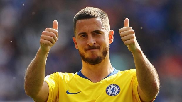 Soccer Football - Premier League - Leicester City v Chelsea - King Power Stadium, Leicester, Britain - May 12, 2019  Chelsea's Eden Hazard gestures after the match           REUTERS/Eddie Keogh  EDITORIAL USE ONLY. No use with unauthorized audio, video, data, fixture lists, club/league logos or