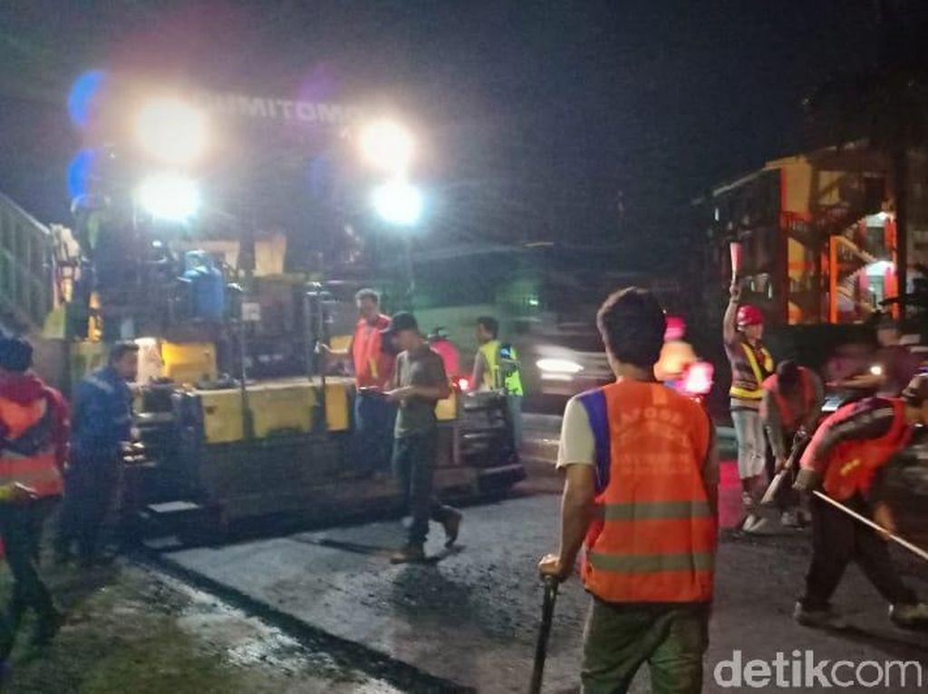 Balai Besar Jalan Nasional Perbaiki Jalan Berlubang di Sidoarjo