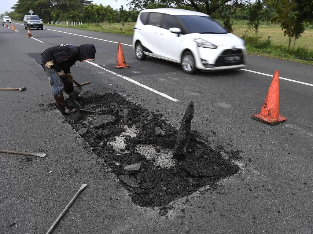 Mobil Rusak karena Jalan Berlubang di Tol? Bisa Minta Ganti Rugi ke Pengelola