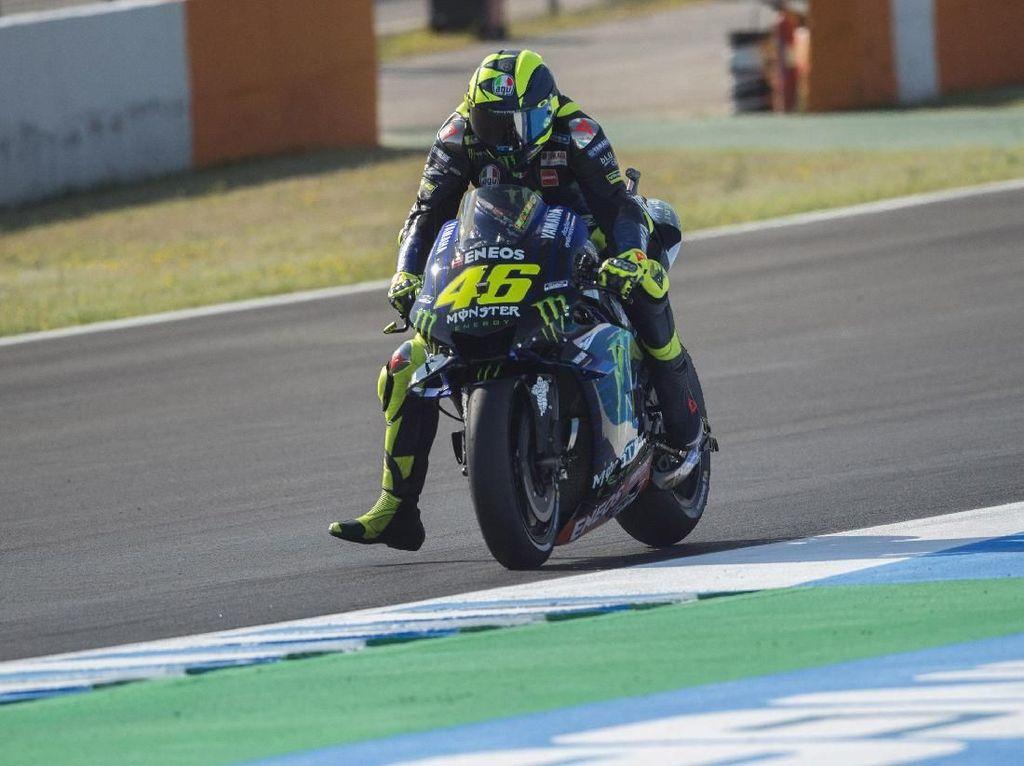 Rossi Akui Motornya Loyo Saat Trek Lurus