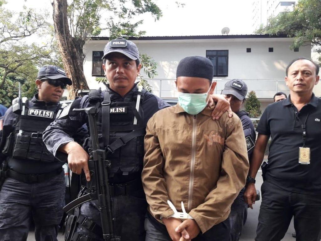 Wanita Perekam Pria yang Ancam Penggal Jokowi Ditangkap!