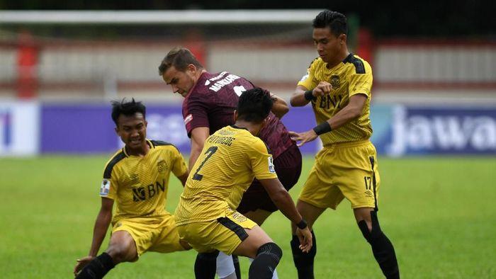 Bhayangkara FC mendapatkan izin menjamu Barito Putera di Staidon Patriot. (Wahyu Putro/Antara)