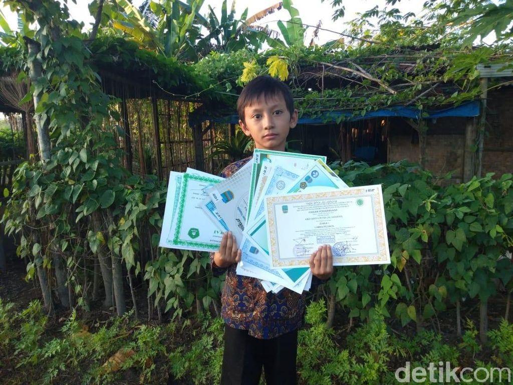 Semangat Dai Cilik Pemegang Rekor Meski Huni Gubuk di Pangandaran