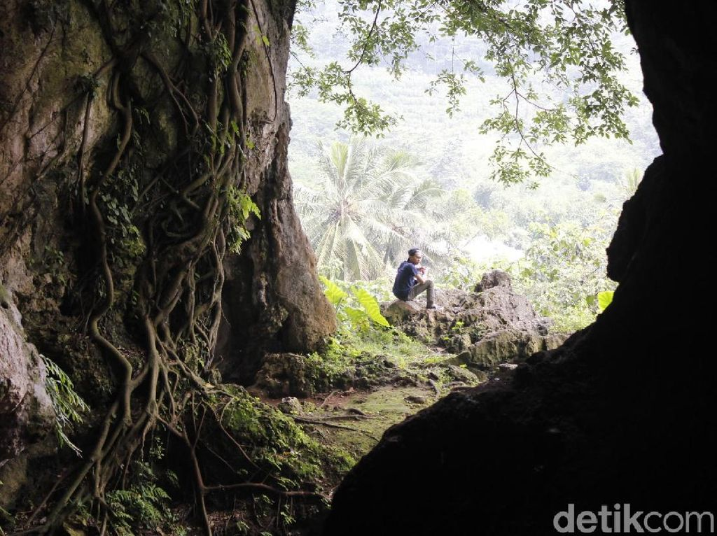 Tahu Tidak, Inilah Gua Purba di Bandung Barat