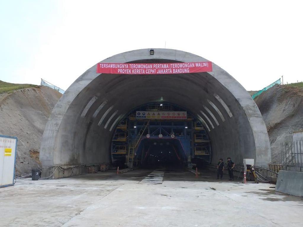 Butuh Setahun Bangun Terowongan Kereta Cepat di Walini