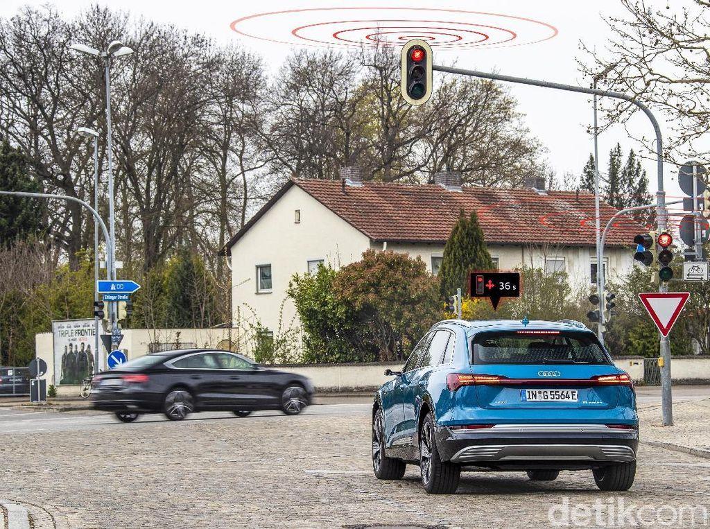 Mobil Ini Bisa Baca Lampu Lalin