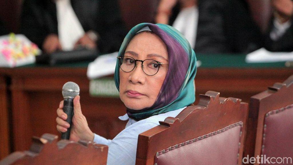 Momen Ratna Sarumpaet Cerita Foto Wajah Lebamnya di Persidangan