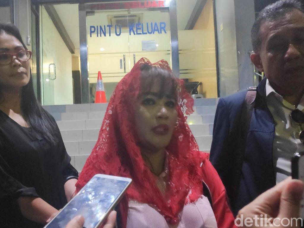Dewi Tanjung Laporkan Amien Rais dkk soal Dugaan Makar